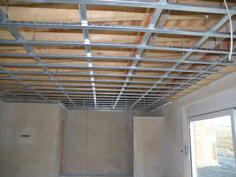 Trockenbau - Metallkonstruktion für Gipskartonplatten/Trockenbau